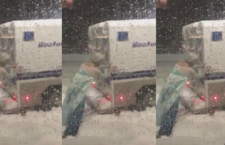 Elsa, la princesa de 'Frozen, aparece para ayudar a camioneta de la policía en Boston