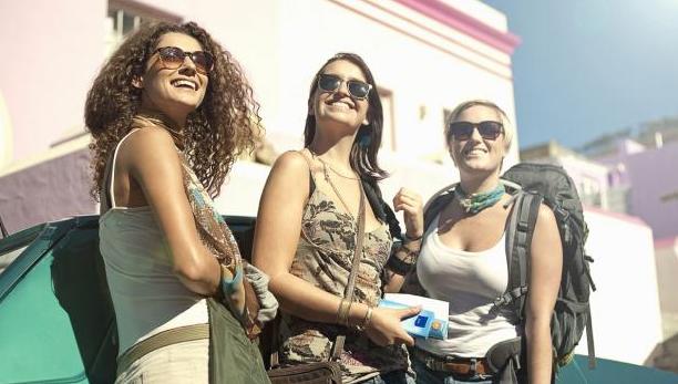 viajar con tus amigas es bueno para tu salud