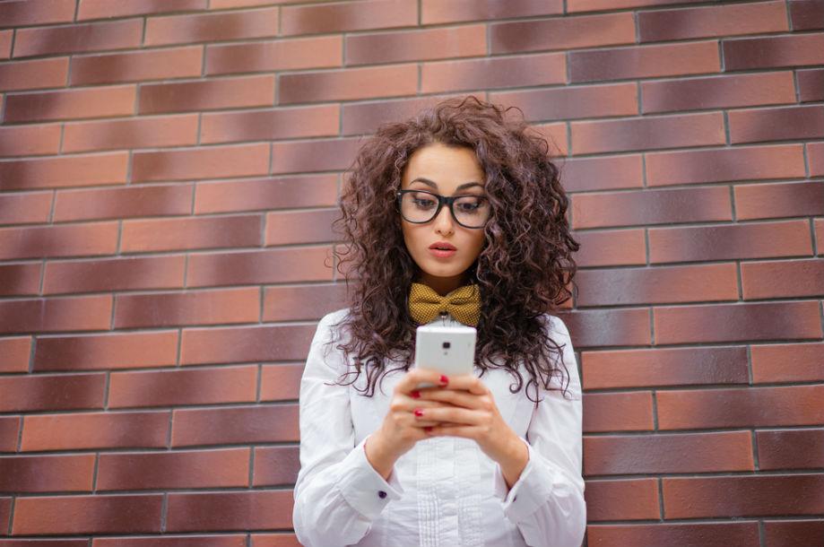 Estas son las razones para no estar pendiente de las redes sociales de tu pareja