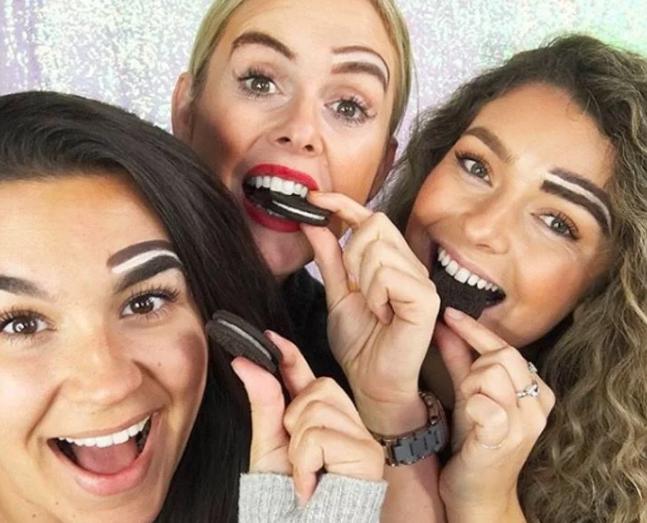 Las cejas de oreo, el último 'grito de la moda' que se ha vuelto tendencia en Instagram