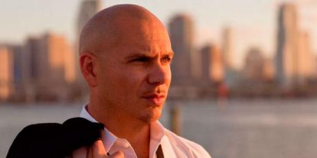 Pitbull deja la música y ahora dirige un restaurante
