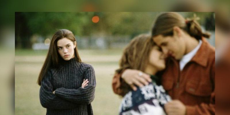 Las mujeres que han sufrido infidelidad salen ganando más, asegura estudio