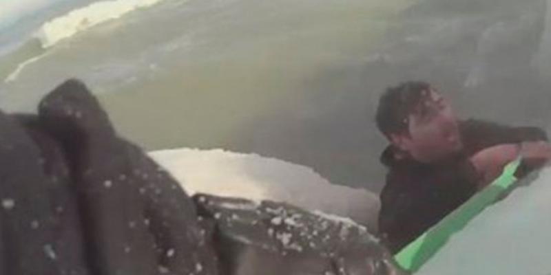 Hombre rescata a un perro de morir congelado y su video se vuelve viral