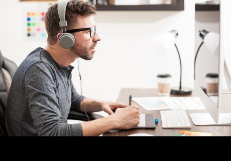 Para aumentar tu productividad en el trabajo solo debes escuchar música de videojuegos