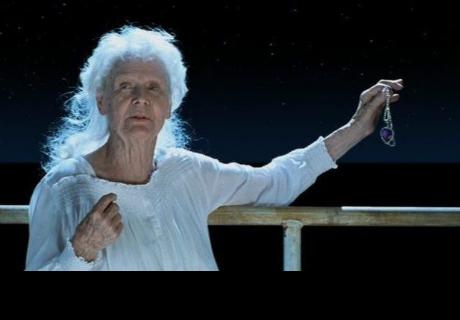 Titanic tenía este final alternativo y nunca lo habías visto (VIDEO)