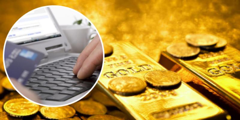 Hombre compró ropa de baño para su esposa por Internet y recibió lingotes de oro