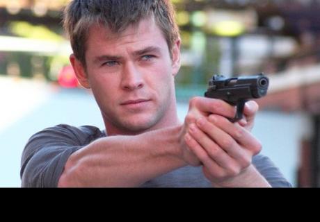 Chris Hemsworth está dispuesto a ser James Bond