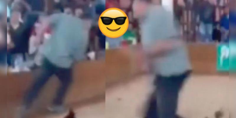 Gallo reacciona contra su dueño por llevarlo a un ring