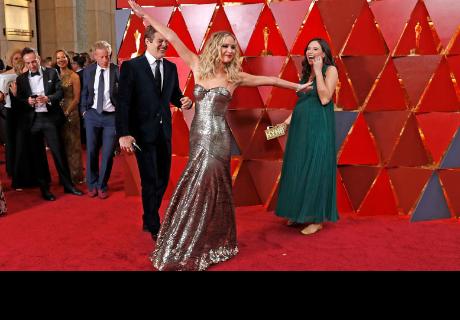 El extraño comportamiento de Jennifer Lawrence, centro de las miradas en los Óscar