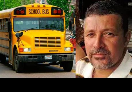 Chofer de bus pierde su trabajo por controversial foto