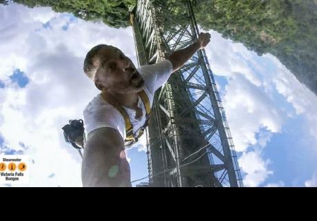 Will Smith acepta reto de fans para saltar desde un helicóptero