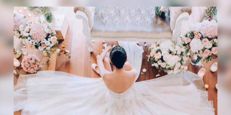 Mujer invierte 329 000 dólares planeando su boda, pero no encuentra al hombre ideal