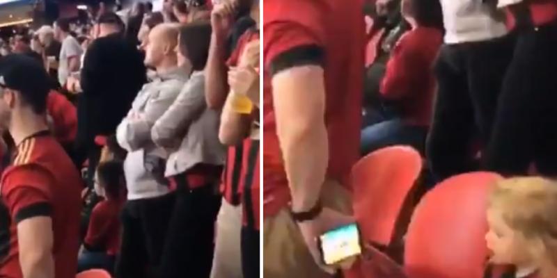 Padre e hija acuden al estadio y él usa curioso truco para distraerla