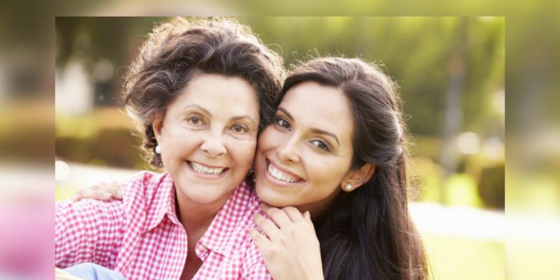 A los 30 años empiezas a parecerte a tu mamá, asegura estudio