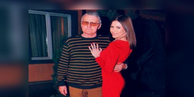 Joven planea casarse con hombre que le lleva 53 años y revela el detalle que la enamoró