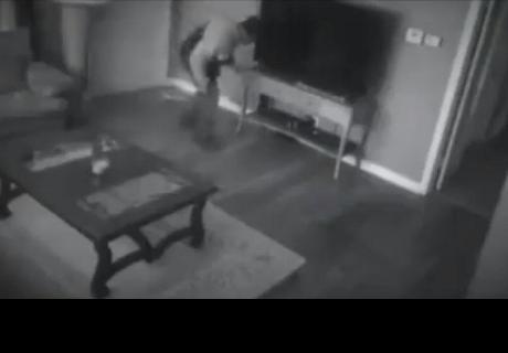 Entró a robar a una casa y lo que encontró hizo que se arrepintiera toda su vida