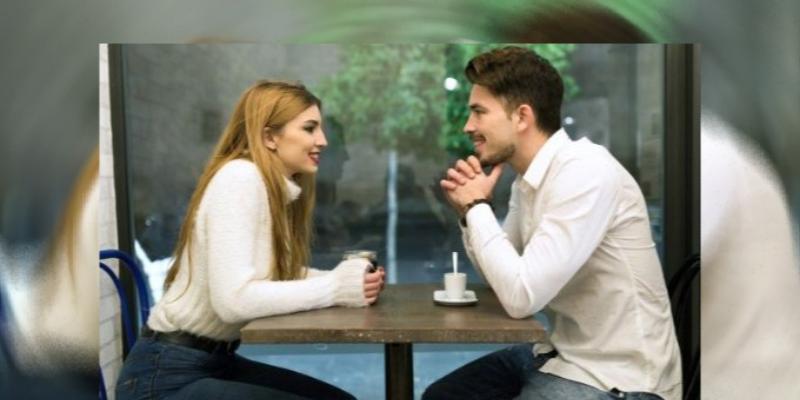 Los hombres consideran un reto a la hora de conquistar una mujer independiente, asegura especialista