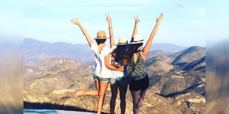 Viajar con tus amigas beneficia tu salud mental, asegura estudio