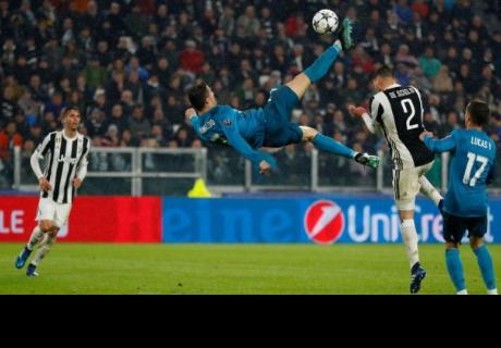 Hijo de Cristiano Ronaldo sorprende al imitar gol de 'chalaca' de su padre