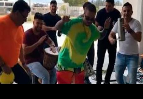 J Balvin desata locura de fans tras bailar pegajoso tema 'Scooby Doo Papa'