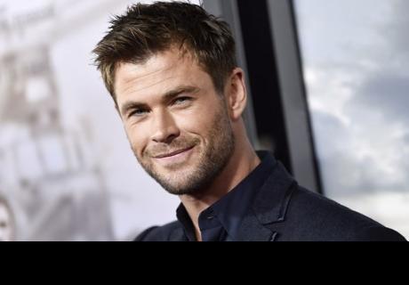 Chris Hemsworth comparte foto de sus papás y desata euforia entre seguidores
