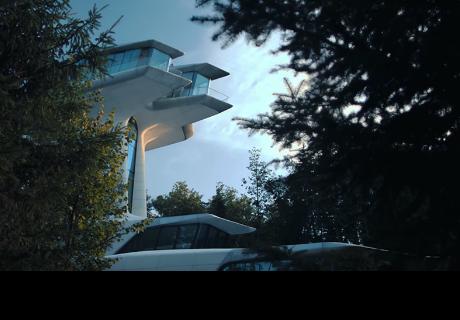 Esta es la casa árbol de estilo futurista 'plantada' a las afueras de Moscú