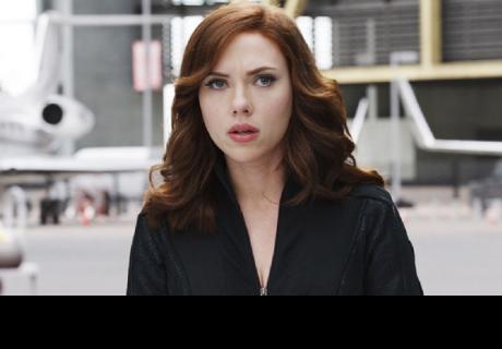 Scarlett Johansson contó su momento más vergonzoso en un avión