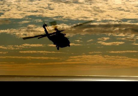 Primero gana la lotería y luego se salva por los pelos al caer en helicóptero