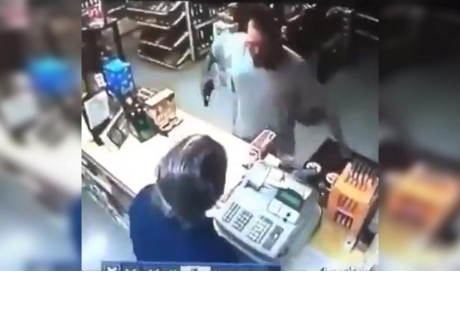 Quiso asaltar una tienda, pero se llevó el susto más grande de su vida
