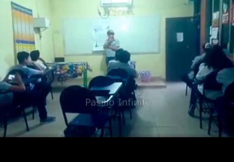 Actividad paranormal interrumpe una exposición y causa terror entre los alumnos