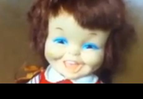 'Muñeca poseída' que ríe de manera malévola causa pánico en cibernautas