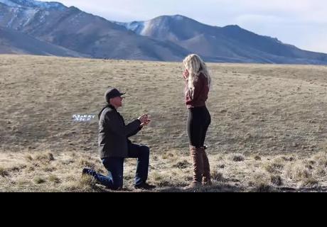 Le pidió matrimonio a su pareja y el padre de ella sorprende de manera impensada