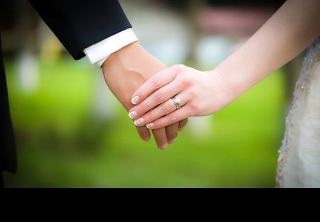 Tuvieron 200 invitados en su boda, pero los novios tenían un terrible plan