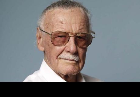 Stan Lee es amenazado por dos hombres armados en su casa