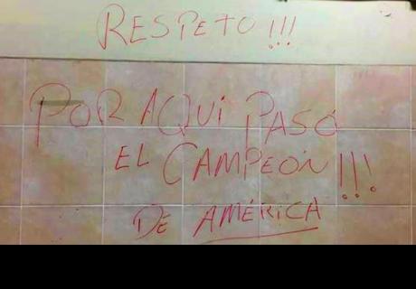 Mensaje que escribió la selección chilena en Estadio Nacional fue parodiado en redes