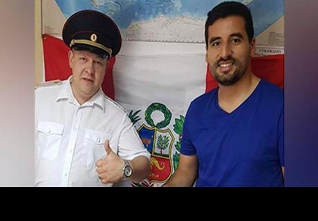 Peruano es víctima de robo en Rusia y policía lo sorprende con noble gesto