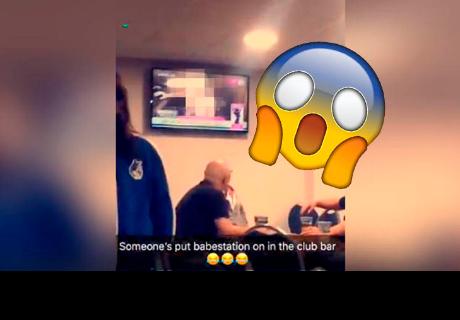 Acuden a club para ver un partido y transmiten película para adultos por error