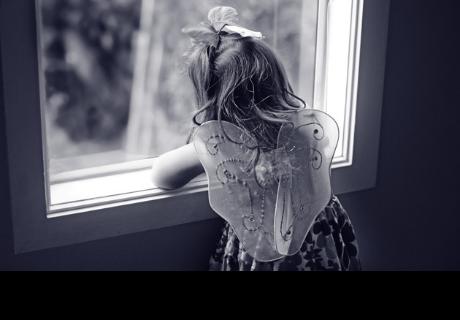 Pequeña de 5 años lee en internet mensaje macabro