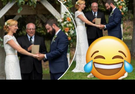 Pareja se estaba casando, pero su perro se robó todo el show