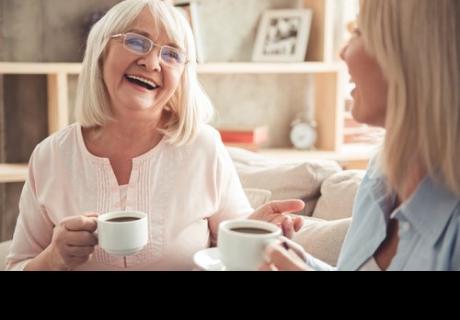 Un estudio muestra que cuanto más tiempo pases con tu mamá, más tiempo vivirá.