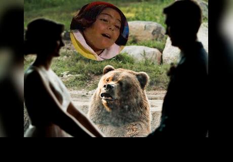 Deciden casarse en un zoológico y un oso se roba el show con conmovedores gestos
