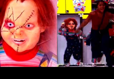 Chucky 'muñeco diabólico' cobra vida y aterra a incrédulos en juguetería