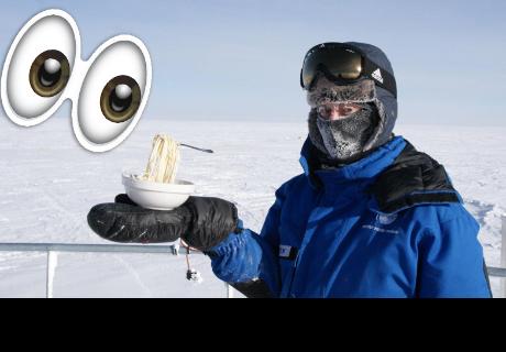 Así quedan unos fideos tras sacarlos al exterior de una estación antártica a -60 ºC