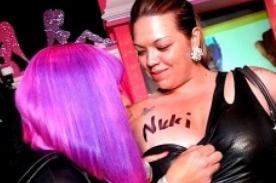 Nicki Minaj: Me piden que firme senos