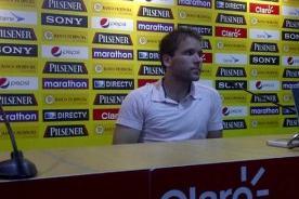 Renzo Revoredo fue presentado en el Barcelona de Ecuador