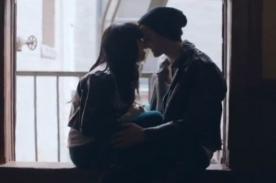 Carly Rae Jepsen estrenó romántico videoclip