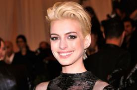 Anne Hathaway está de cumpleaños y sopla 31 velitas