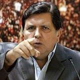 Alan García arremete contra críticos del tren eléctrico
