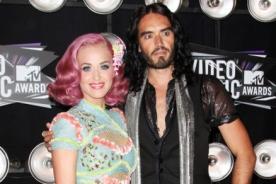 Katy Perry: Russell Brand me avisó del divorcio por mensaje de texto