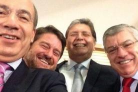 'Selfie' de Alan García se convierte en motivo de burlas en Twitter